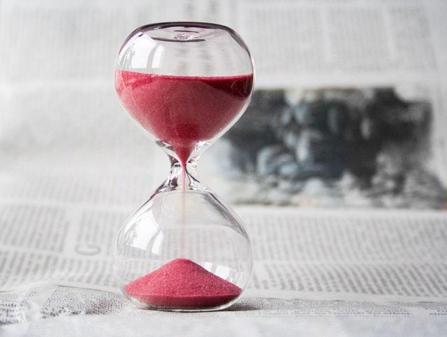 temps-sablier-être-pret-pour-le-Jour-J